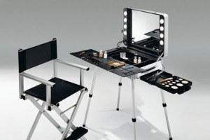 choisir une valise maquillage en mai 2018. Black Bedroom Furniture Sets. Home Design Ideas