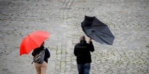 besoin-parapluie-en-vacances